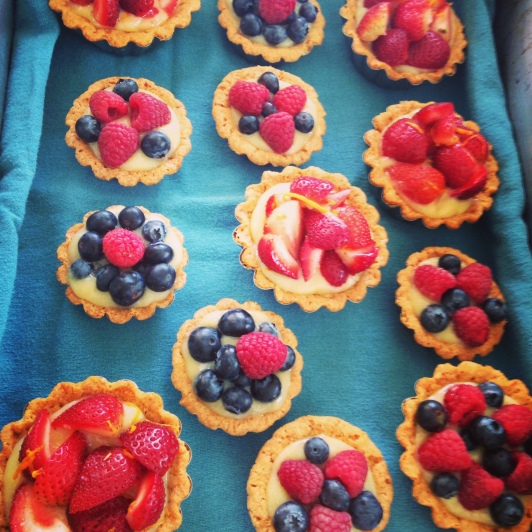 Berry Tartlets with Lemon Curd